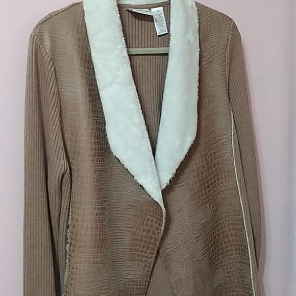Alfred Dunner jacket and pants set.